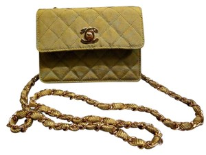 2a9af489b244 Chanel Mini Crossbody Bags - Up to 70% off at Tradesy (Page 4)