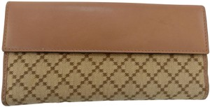 Gucci Wallet Leather Gg Monogram Beige Clutch