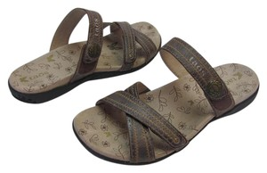Taos Footwear Size 7.00 M Hardly Any Wear Very Good Condition Brown, Neutral Sandals