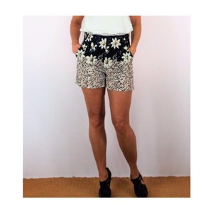 GRIFFLIN PARIS Dress Shorts