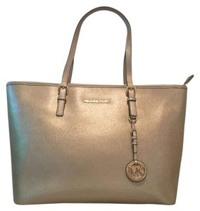 Michael Kors Jet Set Pink Designer Tote in Pale gold
