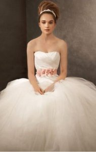 Vera Wang Vw351007 Wedding Dress