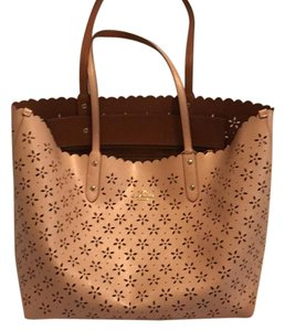 Coach Leather Tote in pink