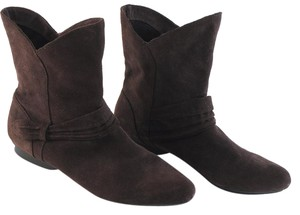 Me Too Suede Brown Boots