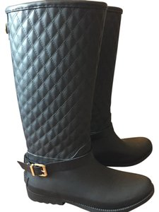 Guess Black with gold buckle Boots