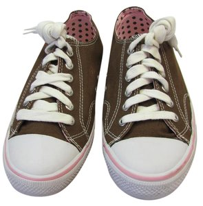 Xhilaration Size 7.00 M Very Good Condition Brown, White, Pink Athletic