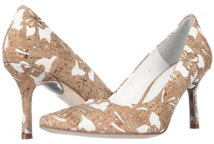 Donald J. Pliner Beige Pumps