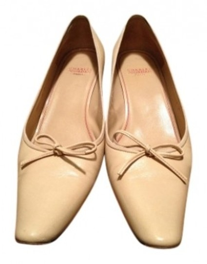Charles Jourdan Beige Pumps