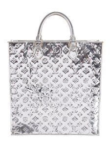 Louis Vuitton Metallic Monogram Silver Sac Plat Tote in Metallic silver