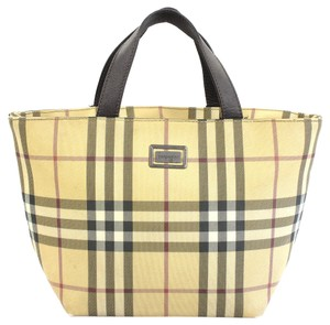 Burberry Check - Up to 70% off at Tradesy 5b9fb73d96