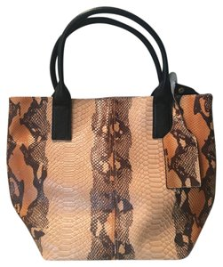 Cuore & Pelle Leather New Tote in black/gold