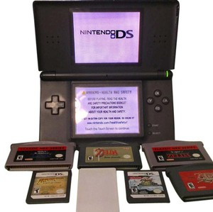 Nintendo Nintendo DS with Game