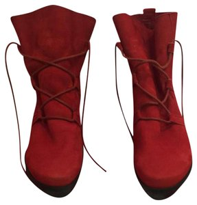 Arche Lace Up Rubber Soles Excellent Condition Red suede Boots