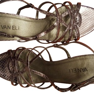 Vaneli pewter Sandals
