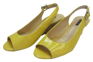 Alex Marie Size 8.00 M Patent Leather Reptile Design Very Good Condition Yellow, Neutral Wedges