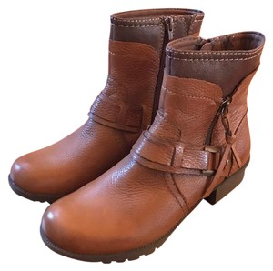 Clarks Almond Brown Boots