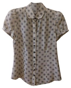 Banana Republic Top Off-white with black print