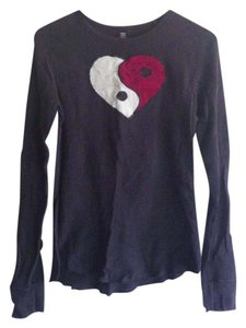 Lucky Brand Lucky Peace Heart Valentines T Shirt Black
