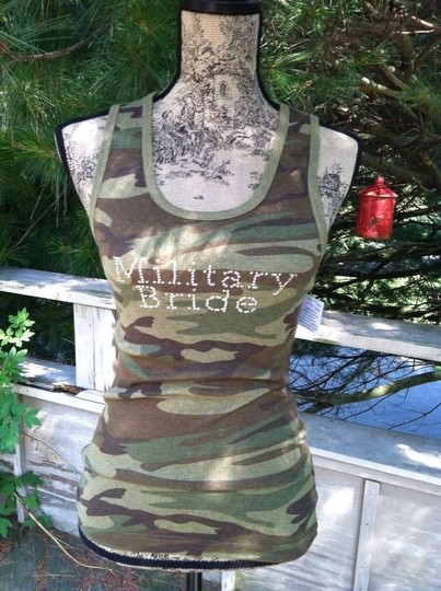 Preload https://item4.tradesy.com/images/army-green-with-clear-crystals-military-bride-tank-206903-0-0.jpg?width=440&height=440