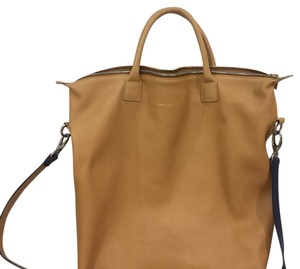 WANT Les Essentiels Tote in dark yellow
