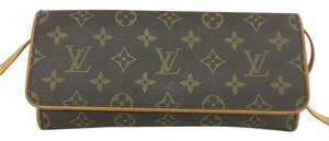 Louis Vuitton Lv Monogram Pochette Twin Gm Shoulder Bag