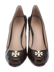 Tory Burch Jade Patent Leather Peep Toe 8.5 Black Wedges