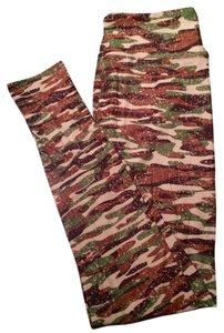 LuLaRoe Camo, Green, Tan Leggings