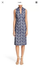 Alice + Olivia Slim Lace V-neck Sheath Dress