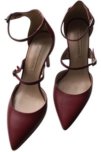 BCBGMAXAZRIA Dark red Pumps
