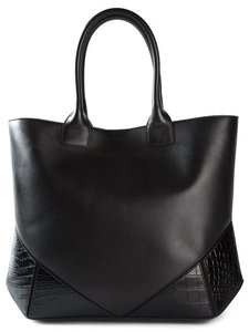 Givenchy Antigona Leather Tote in Black