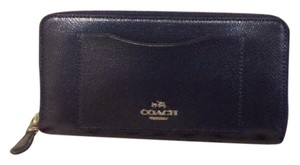 Coach NWT Coach Authentic Leather Accordion Zip Wallet Midnight Navy