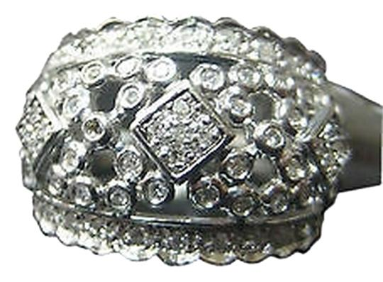Preload https://item3.tradesy.com/images/14k-white-gold-diamond-ladies-ring-size-7-2069492-0-0.jpg?width=440&height=440