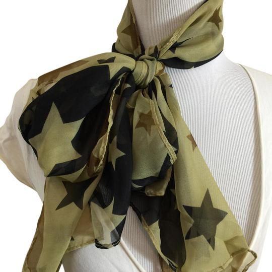 Preload https://item2.tradesy.com/images/army-green-and-black-americana-scarfwrap-20695476-0-1.jpg?width=440&height=440
