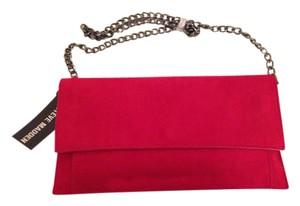 Steve Madden Chain Strap Hidden Magnetic Red, Silver Clutch