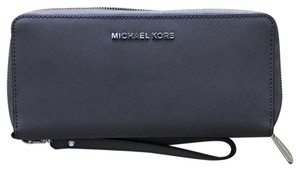 Michael Kors Michael Kors Continental Travel Wallet