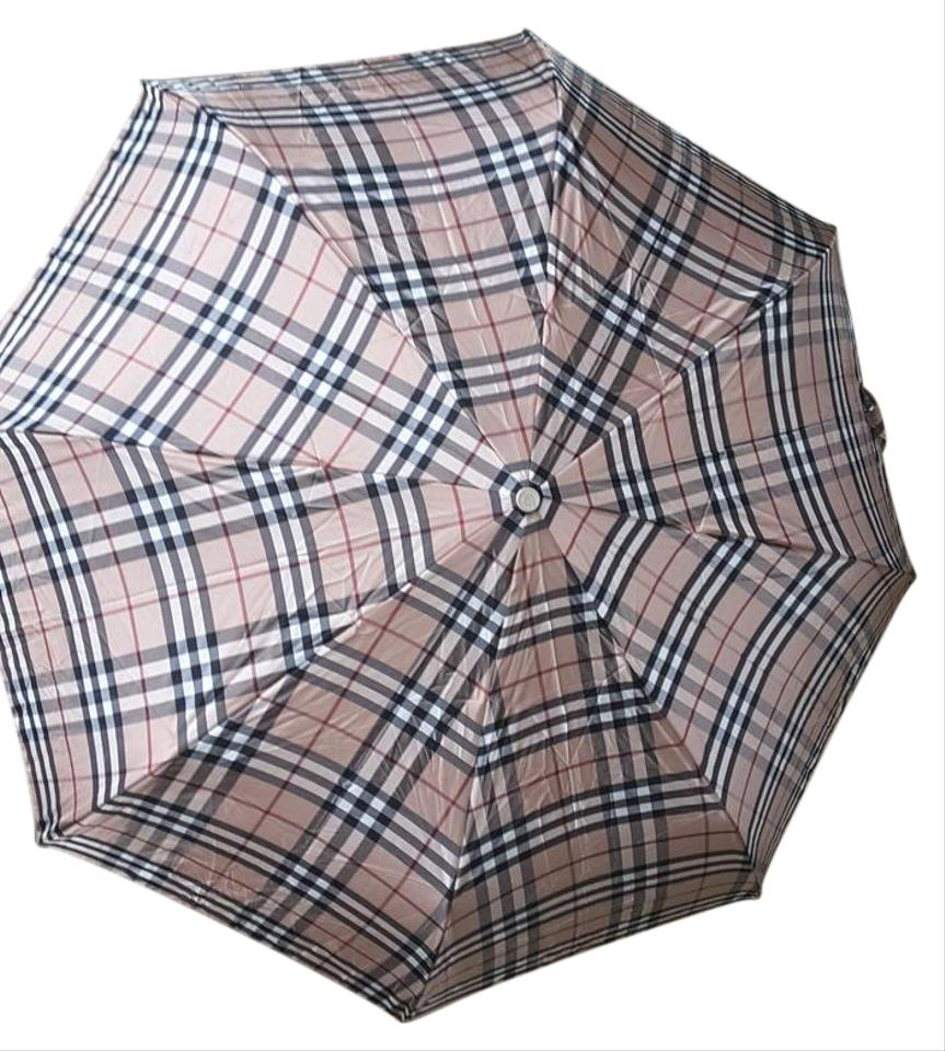 b4592cad09b9 Burberry House Check Trafalgar Packable Umbrella - Tradesy
