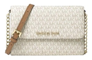 Michael Kors Phone Jet Set Cross Body Bag