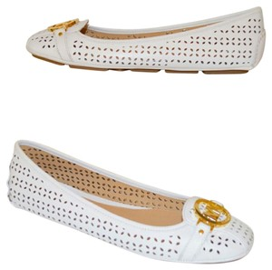 Michael Kors optic white Flats