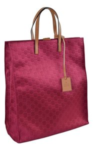 Gucci 355730 Tote in Red
