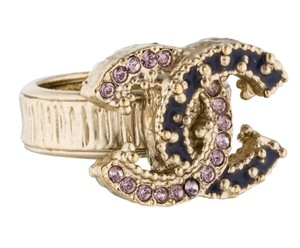 Chanel Gold-tone Chanel crystal Interlocking CC cocktail ring 6
