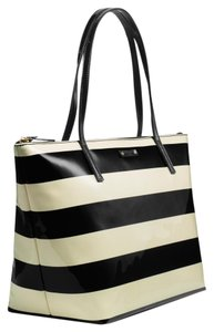 Kate Spade Pattened Leather Penn Valley Sophie Tote in BLACK/CREAM