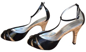 Martinez Valero Black Platforms