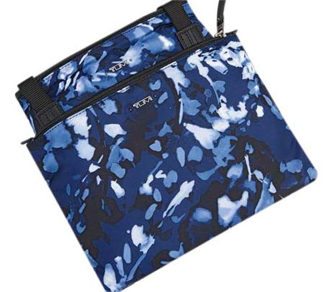 Item - New Packable Floral Lightweight Duffel Tote with Pouch Navy Nylon Weekend/Travel Bag