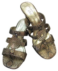 AK Anne Klein Size 6.00 M Reptile Design Very Good Condition Gold, Bronze, Black Sandals