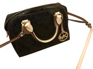 Michael Kors 3409011 Cross Body Bag