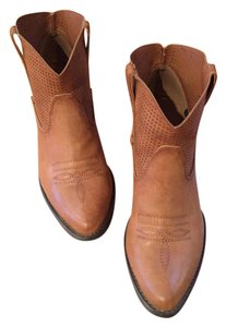 Very Volatile Western Cowboy Brown Boots