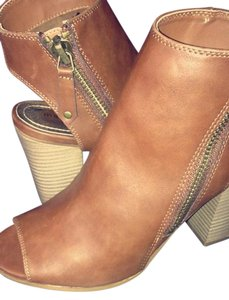 Madden Girl Studded Faux Leather Ccognac Boots