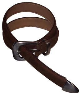 Other leather belt with silver buckle