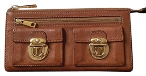 Marc Jacobs C362401 Zip Clutch Calf Leather Whiskey