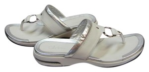 Cole Haan Size 10.00 M Nike Air Soles Very Good Condition White, Silver, Sandals
